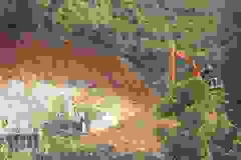 Mỏ đất sét trắng bị khai thác lậu
